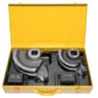 REMS Kufr z ocelového plechu s vložkou pro 1 ohýbací segment a smýkadlo R100 a R135/R140, 90 stupńů, / bez nářadí / 586012
