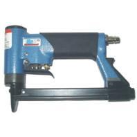 BEA Sponkovačka s automatickým ventilem pro spony ze slabých drátů typ 380/14-450 A 12000075